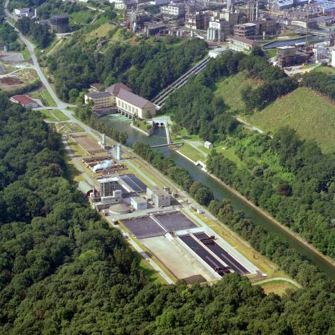 Biological wastewater treatment plant in Burghausen